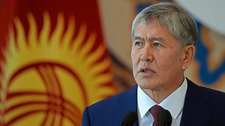 رئيس قرغيزستان ألمازبيك أتامبايف