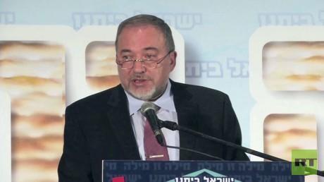 طرح ليبرمان وثوابت الفصائل الفلسطينية