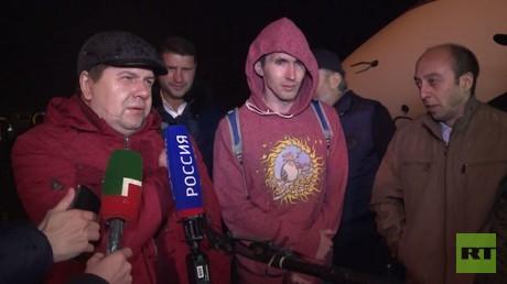 عودة أعضاء طاقم ناقلة نفط روسية إلى وطنهم