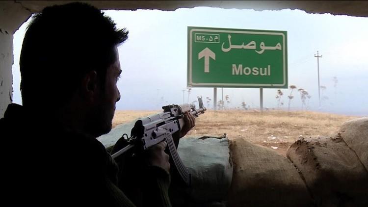 الولايات المتحدة تعزل الرقة لتحرير الموصل