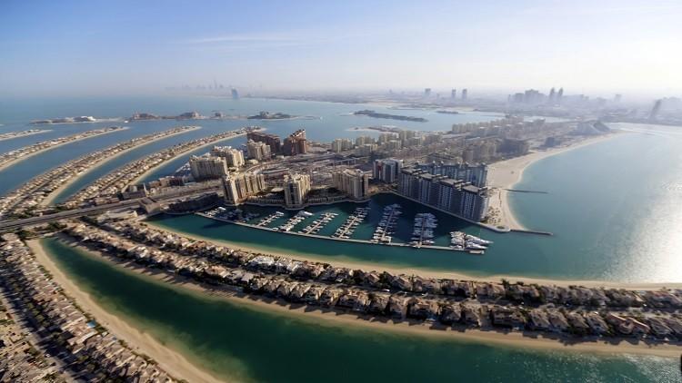 الإمارات: لا ضرائب جديدة على دخل الأفراد