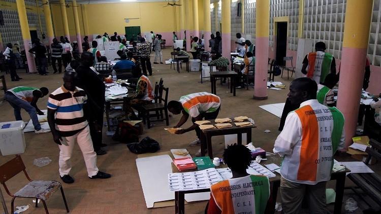الدستور الجديد يحصد أصوات الأغلبية في ساحل العاج