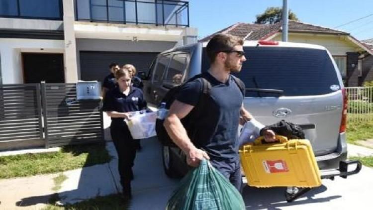 أستراليا تعتقل اثنين لصلتهما بـ
