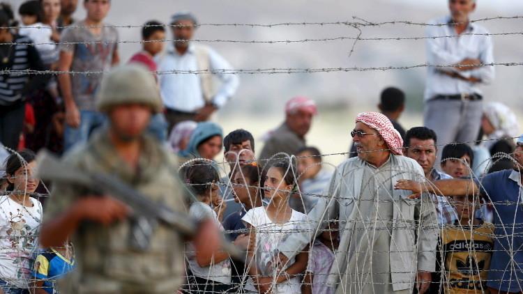 تركيا تبني جدارا عازلا على حدودها مع سوريا