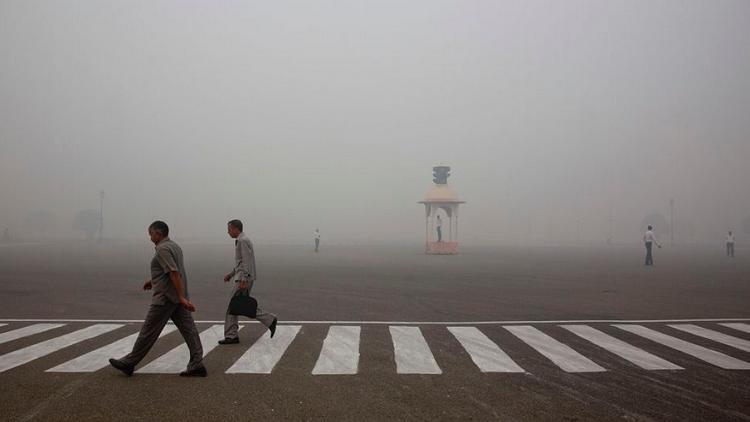 صور من ناسا توضح تفاقم معاناة نيودلهي من تلوث الهواء