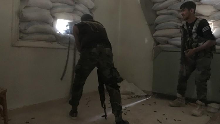 مصادر لـRT: الجيش السوري يسيطر على المناشر وحاجزي السيرياتل والبشائر بريف حماة