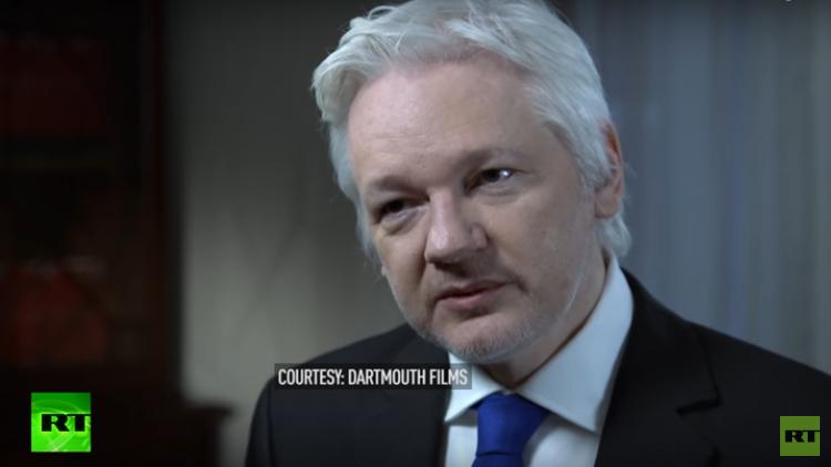 أسانج: كلينتون أكدت في رسالة سرية أن حكومتي السعودية وقطر مولتا