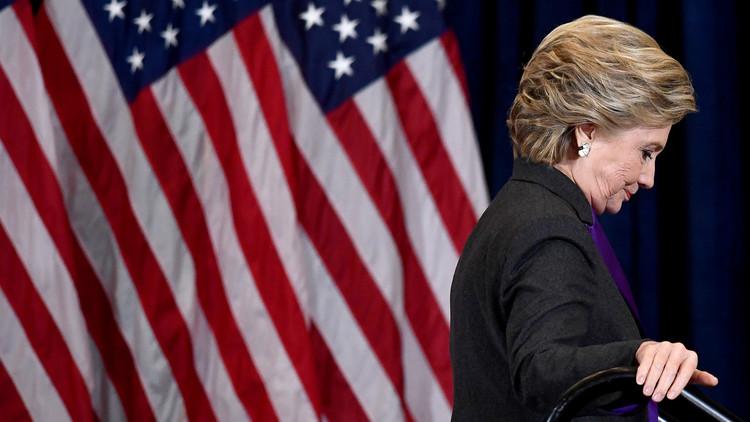 أسباب الخسارة غير المتوقعة لكلينتون في انتخابات الرئاسة