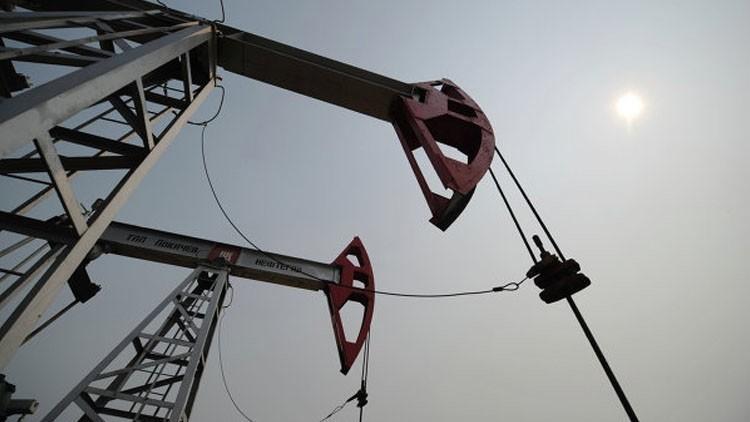 ارتفاع إنتاج النفط في الولايات المتحدة إلى مستوى قياسي
