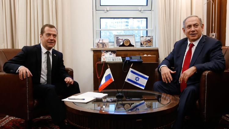 مكتب نتنياهو: روسيا مستعدة للوساطة في استعادة الأسرى ورفات قتلانا من غزة