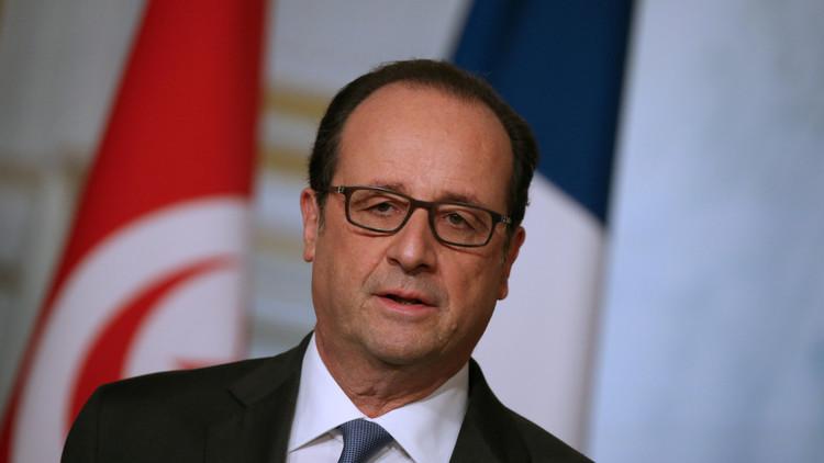 هولاند مهدد بالإقالة بسبب كشفه عن خطة ضد الأسد