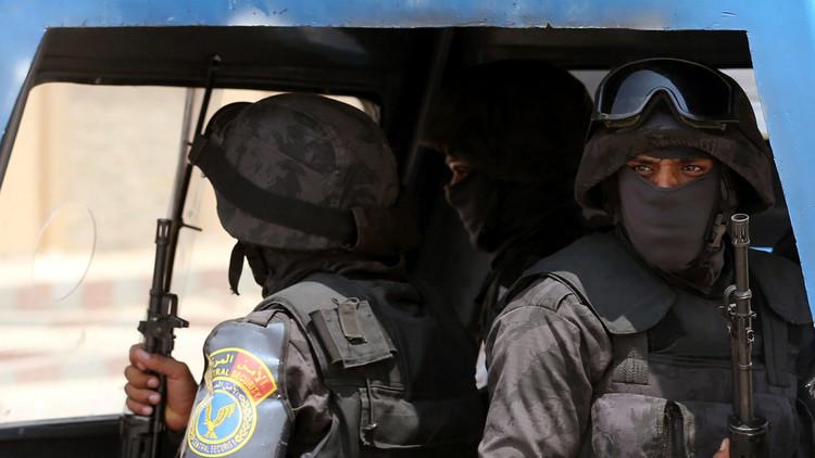 انتشار كثيف للأمن المصري