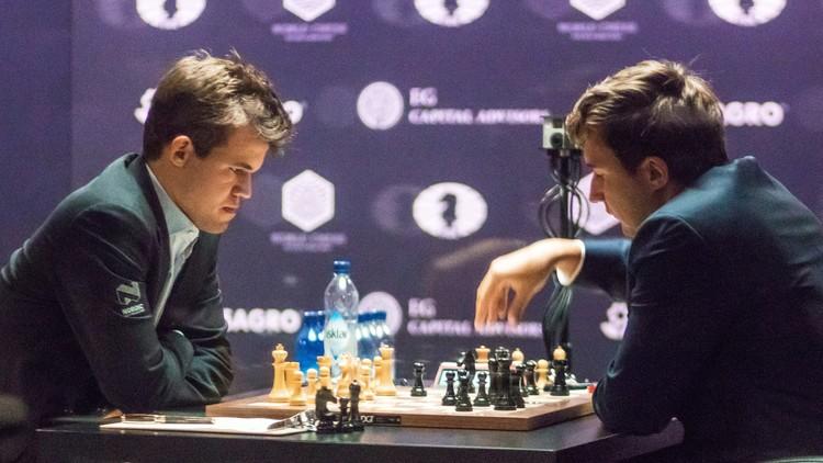 التعادل سيد الموقف بين كارلسن وكارياكين في بطولة العالم للشطرنج