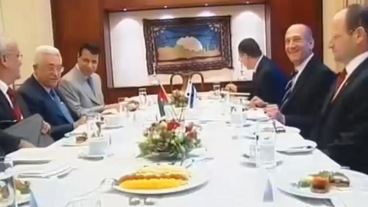 عباس ودحلان.. تصريحات تفجر خلافات