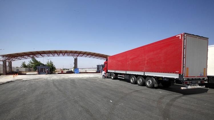 تركيا تغلق الحدود مع سوريا إثر اشتباكات في اعزاز