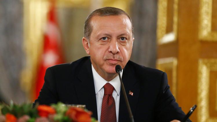 أردوغان يدرس طرح مصير المفاوضات مع الاتحاد الأوروبي على استفتاء شعبي