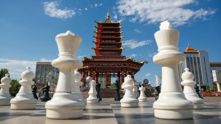 خلاف روسي-أمريكي على رقعة الشطرنج