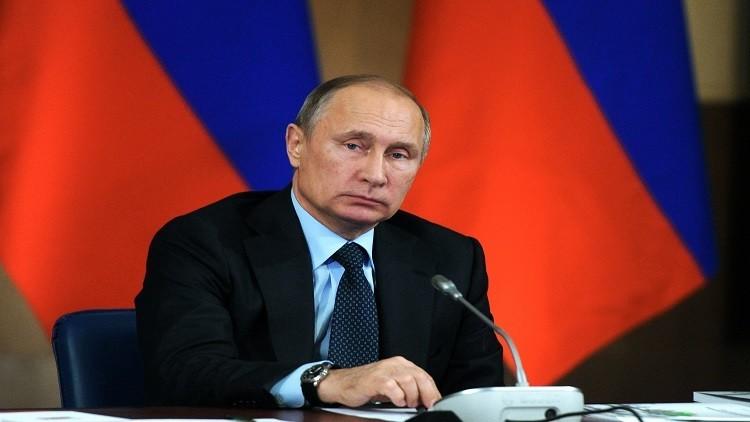 بوتين: الأسلحة الحديثة يجب أن تتجاوز نسبة 50% في الجيش الروسي بنهاية 2016