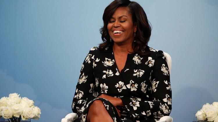 استقالة إثر تعليق عنصري حول ميشال أوباما