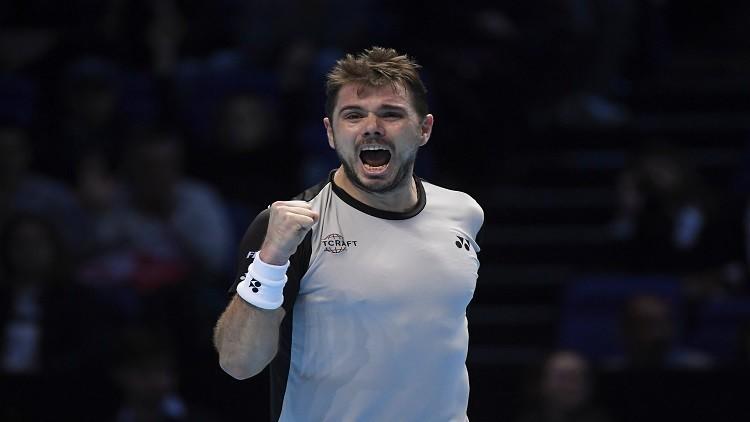 فافرينكا يحقق فوزه الأول في البطولة الختامية