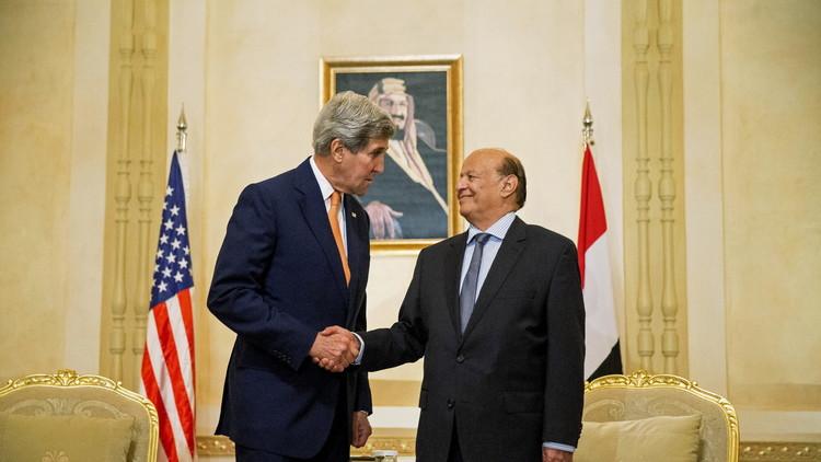 مساعد وزير الخارجية الأمريكي يسلم هادي