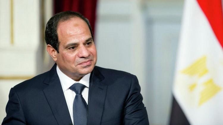 السيسي يصدر قرارا جمهوريا بالعفو عن 82 سجينا