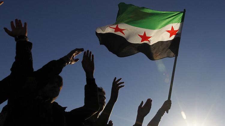 الهيئة العليا للمفاوضات تنفي الأنباء عن عقد مؤتمر للمعارضة السورية في دمشق