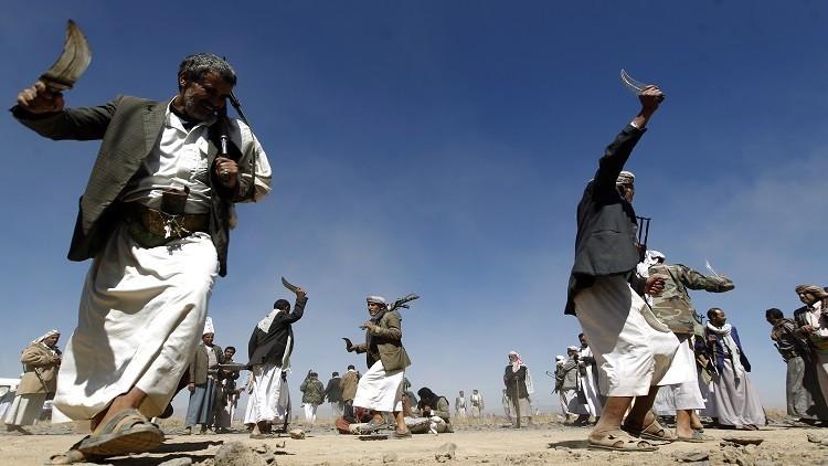 قيادات باكستانية تطالب بإدراج الحوثيين في قائمة المنظمات المحظورة