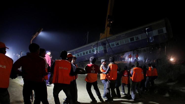الكشف عن سبب كارثة قطار الهند التي حصدت أرواح 142 شخصا