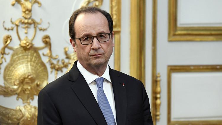 فتح تحقيق رسمي مع هولاند بسبب كشفه معلومات سرية عن عملية فرنسية بسوريا