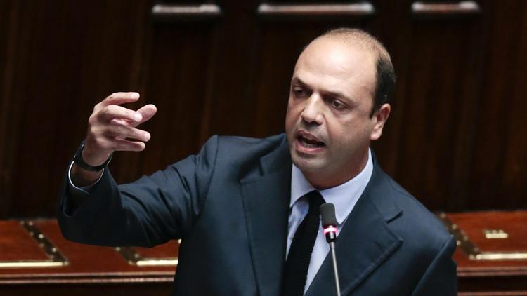 وزير الداخلية الإيطالي: سندرب الشرطة السعودية على