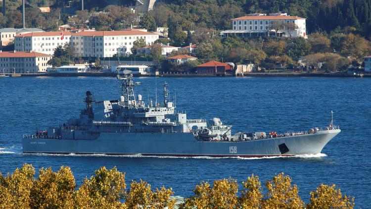 سفينتان حربيتان روسيتان تدخلان المتوسط في طريقهما إلى سوريا