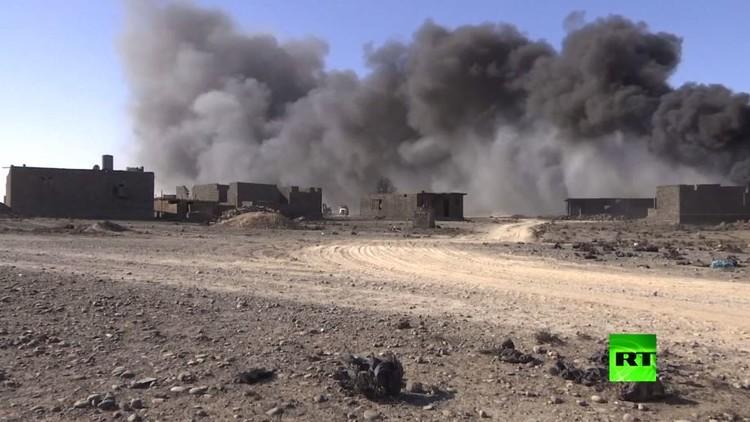 النيران تواصل التهام نفط القيارة العراقية