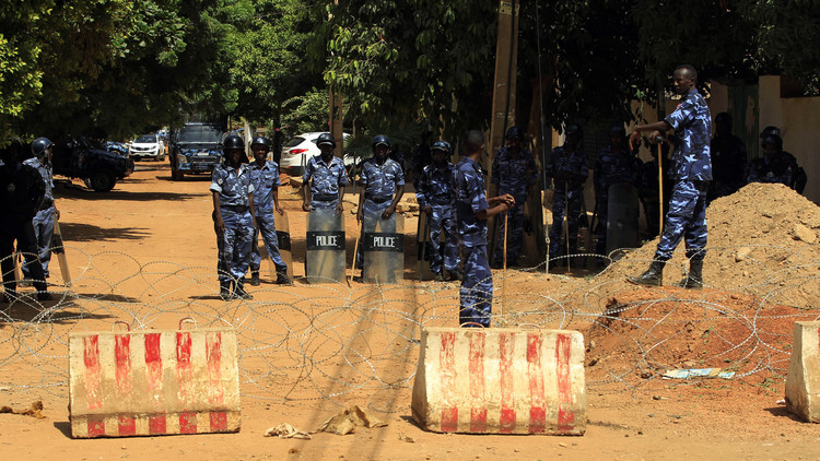 اعتقال 4 قياديين من المعارضة السودانية