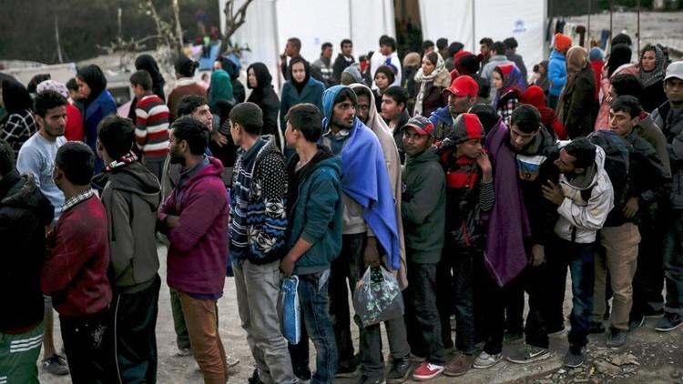 قتيلان بحريق في مخيم للاجئين في اليونان