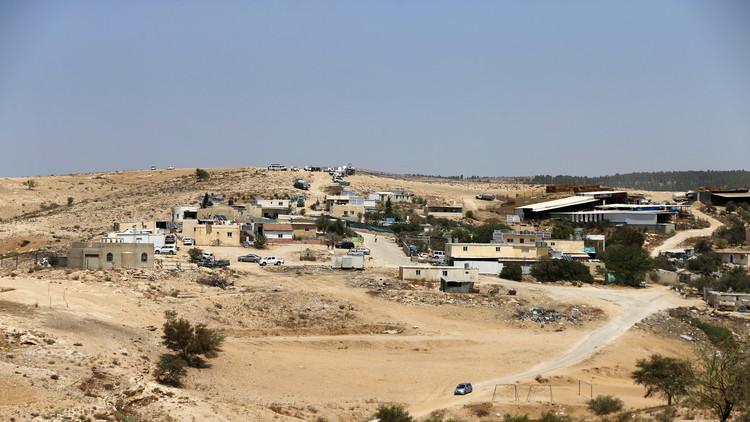 إسرائيل تضيق الخناق على بدو صحراء النقب