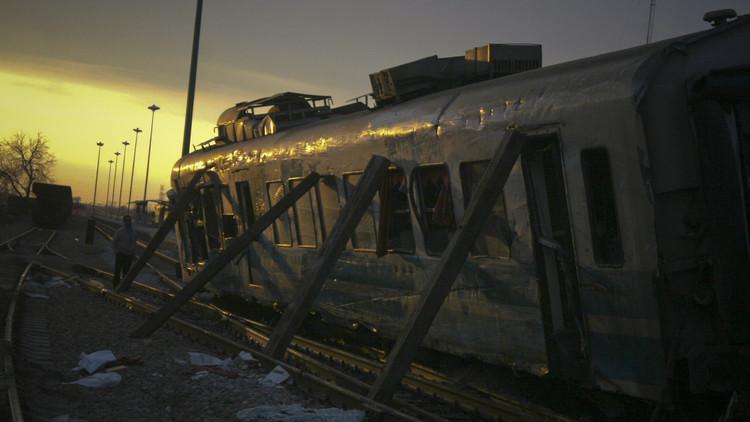 اصطدام قطارين في إيران يوقع عشرات القتلى والجرحى