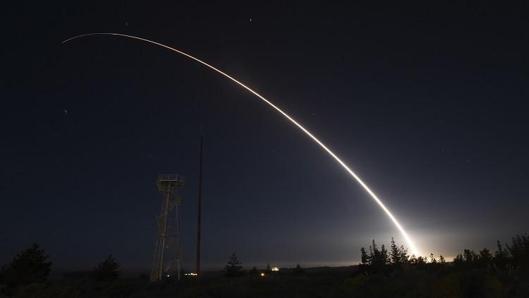 واشنطن تطور صاروخا باليستيا جديدا عابرا للقارات