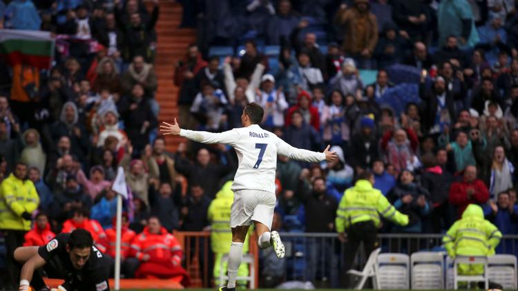 ريال مدريد يواصل انتصاراته على حساب خيخون في الليغا