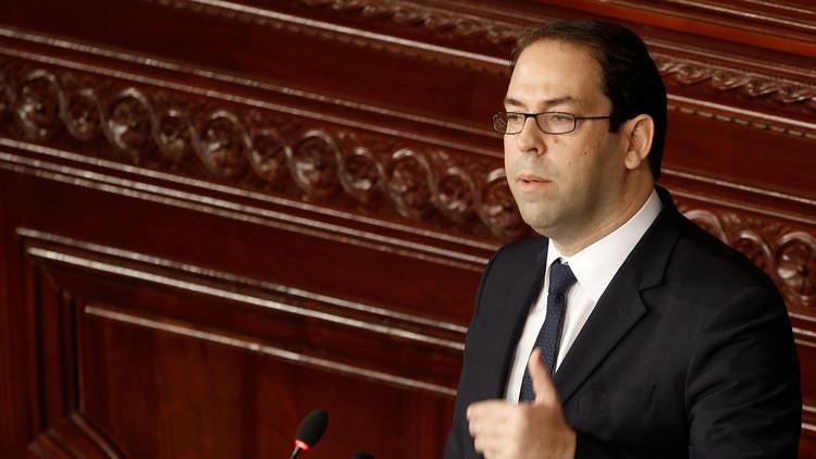 مواجهة بين الحكومة التونسية ونقابة العمال حول الرواتب