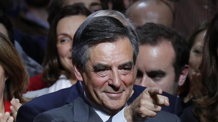 فوز فيون في الانتخابات التمهيدية ليمين الوسط الفرنسي