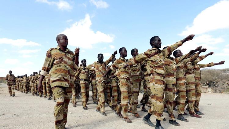 القوات الصومالية تبدأ هجوما على بلدة يسيطر عليها داعش