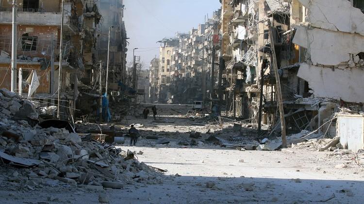 حميميم: تحرير 14 حيا شرق حلب وخروج نحو 9 آلاف مدني