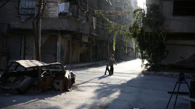 مجموعة من المسلحين تغادر بلدة خان الشيح في ريف دمشق إلى إدلب