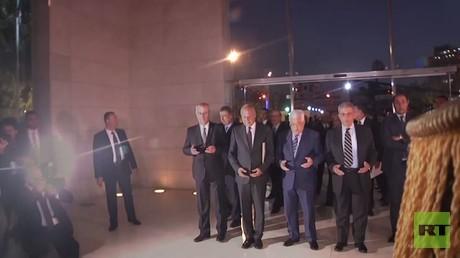 عباس يفتح متحف ياسر عرفات في رام ألله