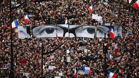 ملف واحد يضم جميع مواطني فرنسا