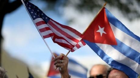 ترامب يهدد بإنهاء التقارب مع كوبا