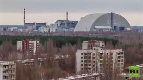 انتهاء بناء غطاء عازل لمفاعل تشيرنوبل
