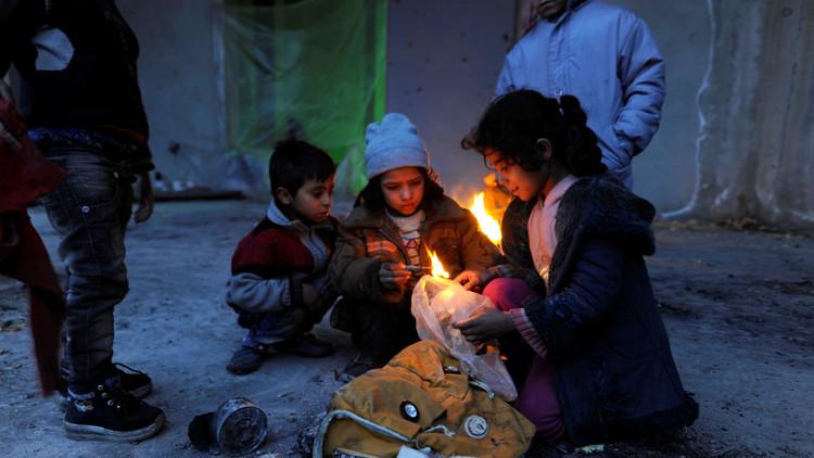 حميميم: خروج 3193 مدنيا بينهم 1587 طفلا من شرق حلب