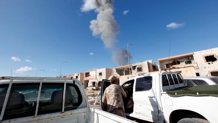ليبيا.. غارات أمريكية متواصلة على مواقع